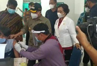 250 Pekerja Sawit di Sambas Ikuti Vaksinasi